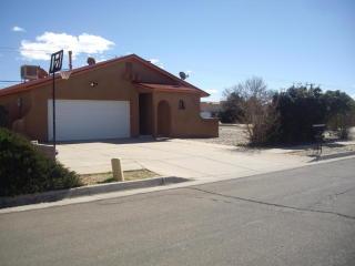 9100 Bellflower Lane Northeast, Albuquerque NM