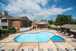 3314 Kennsington Ct, Manhattan, KS