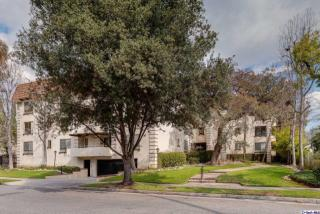 534 South Oak Knoll Avenue #305, Pasadena CA