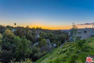 3657 Berry Drive, Studio City CA