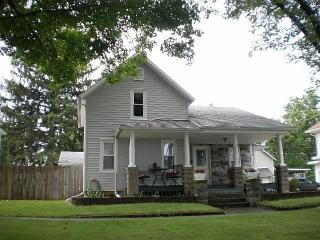 107 South Olive Street, Wakarusa IN