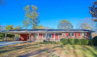 194 Kenvilla Drive, Tucker GA
