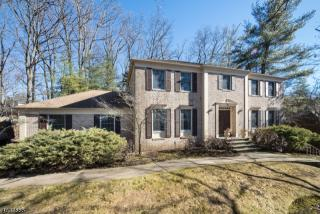 30 Talbot Court, Short Hills NJ