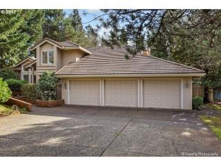776 Carrera Lane, Lake Oswego OR