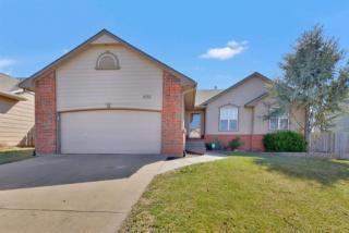 8713 West Oak Ridge Circle, Wichita KS