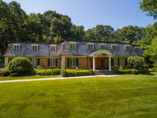 299 Lost District Drive, New Canaan CT