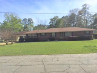 103 W 10th St, Donalsonville, GA