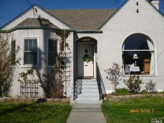 1043 Benton Street, Santa Rosa CA