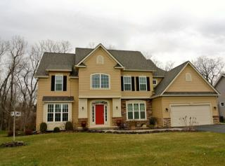 173 York Bay Trl, West Henrietta, NY