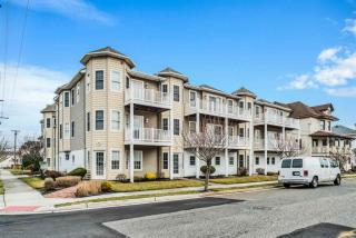 5511 Pacific Avenue #203, Wildwood Crest NJ