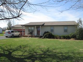 240 Beeny Rd, Manitou, KY