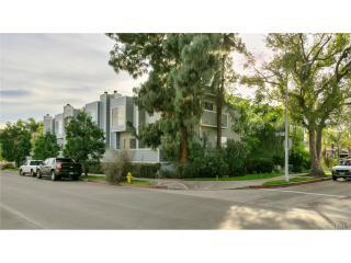 10800 Peach Grove Street #10, North Hollywood CA