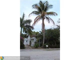 617 Southeast 4th Avenue, Delray Beach FL
