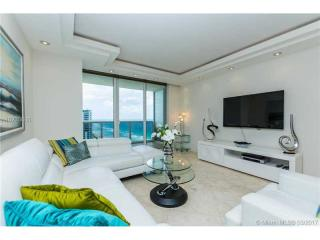 1830 South Ocean Drive #2211, Hallandale Beach FL