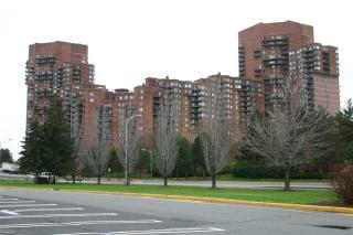 236 Harmon Cove Tower, Secaucus NJ