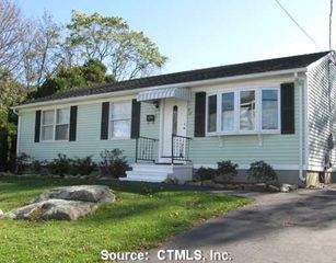 31 George Ave, Groton, CT