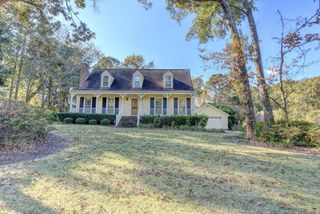 110 Hidden Lake Ln, Wilmington, NC