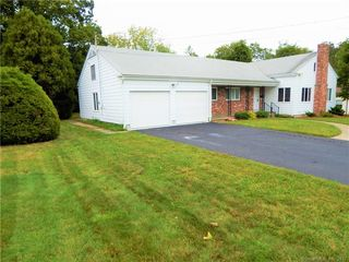 12 Eastridge Rd, New London, CT