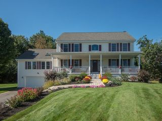 205 Legate Hill Road, Leominster MA