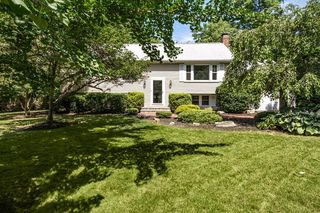 40 Brewster Rd, Cohasset, MA