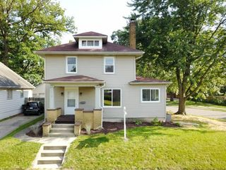 118 E Sherwood Ter, Fort Wayne, IN