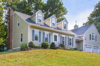 3 Marshall Dr, West Newbury, MA