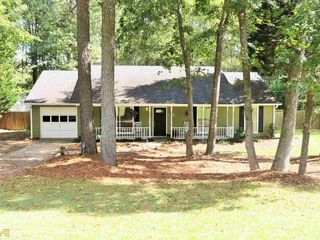 117 Forest Pl, Stockbridge, GA