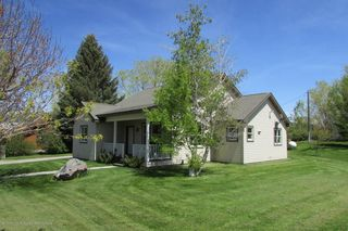 211 Davenport St, Picabo, ID