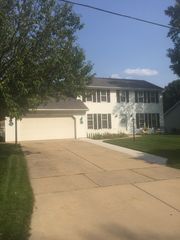 2157 S Point Rd, Green Bay, WI