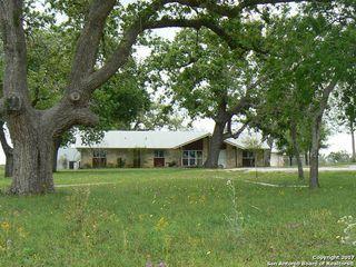 6594-42 Ac Circle #401, Floresville TX