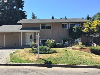 8816 SE Regents Dr, Milwaukie, OR