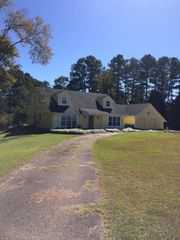 2091 Cleary Rd, Florence, MS