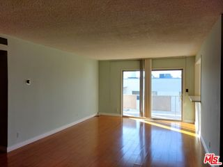 6251 Coldwater Canyon Ave #304, North Hollywood, CA