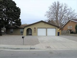 6421 Louise Pl NE, Albuquerque, NM