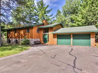 6385 Swallow Rd, Lake Tomahawk, WI