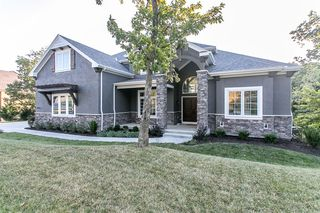 1809 NW 42nd St, Riverside, MO