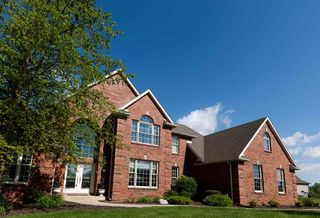 110 Chestnut Hills Pkwy, Fort Wayne, IN