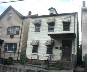 57 N 6th St, Paterson, NJ