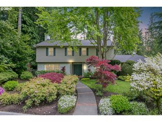 481 Iron Mountain Blvd, Lake Oswego, OR