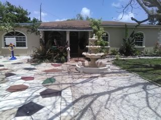 19451 NW 6th Ave, Miami, FL