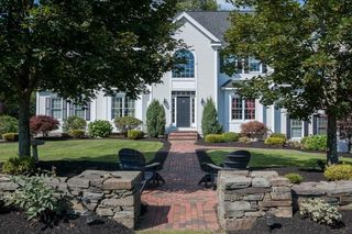 19 Appaloosa Cir, Hopkinton, MA