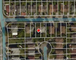11328 SW 189th Ter, Miami, FL