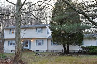 20 Crestview Dr, Brookfield, CT