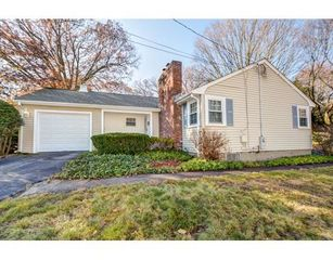 15 Avon Cir, Needham, MA