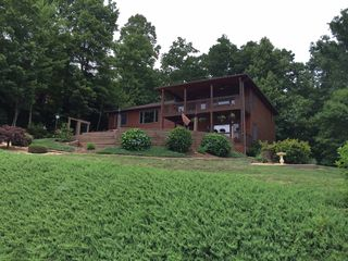 205 Lookout Dr, Blue Ridge, GA