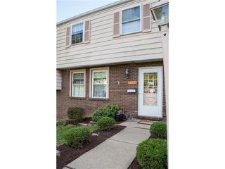 113 Old Meadow Rd, Canonsburg, PA