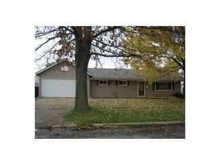 4215 Meadow Ln, Lorain, OH