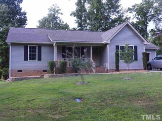 145 Broken Lance Dr, Youngsville, NC