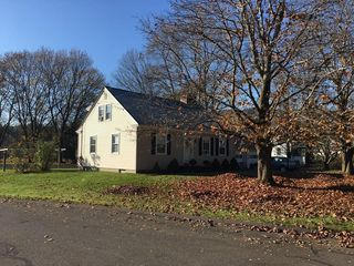 87 Thayer Rd, Greenfield, MA
