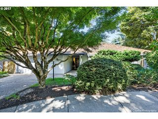 913 Sunny Hill Dr, Lake Oswego, OR